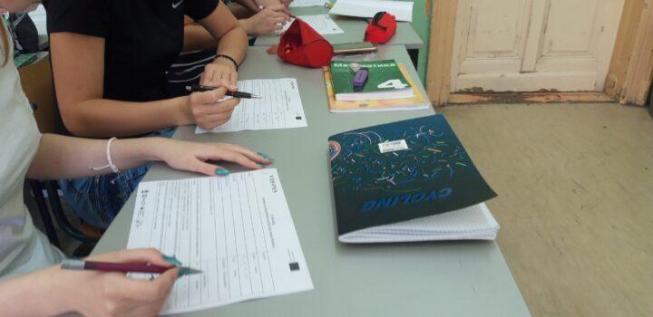 Istraživanje stavova srednjoškolaca, nastavnika, direktora srednjih škola u Pančevu
